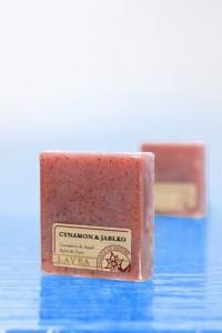 mydlo-glicerynowe-cynamon-z-jablkiem