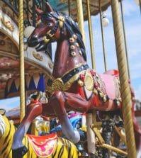 carousel-825046_960_720