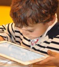 zalety-elektronicznej-rozrywki-dla-dzieci